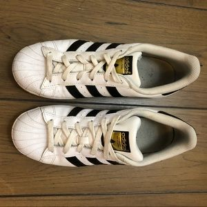 adidas Shoes - Original Adidas Classic Sneakers